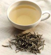 White_tea_cup1